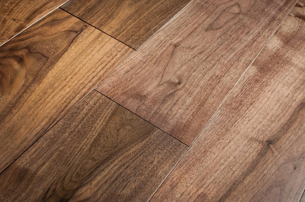 Is walnut wood a good flooring option carolina flooring for Walnut flooring